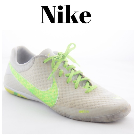2733bbb342e Nike FC247 Elastico Finale II Indoor Soccer Shoes.  M 5b11f820c9bf507f5f450688